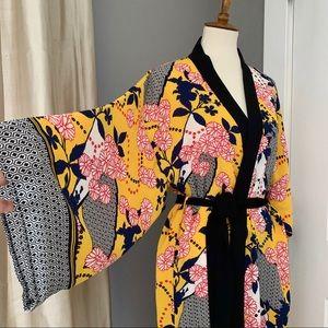 Forever 21 Contemporary yellow kimono w/black trim
